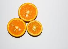 isolerade apelsiner Royaltyfri Foto