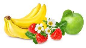 Isolerade bananer, äpple och jordgubbar Royaltyfria Bilder