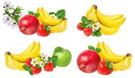Isolerade bananer, äpple och jordgubbar Arkivfoton