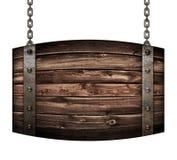 Isolerade den wood trummaskylten för tappning för restaurangen som hänger på kedjor, illustrationen 3d Arkivbilder