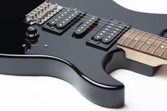 Isolerade detaljer av den elektriska gitarren Fotografering för Bildbyråer