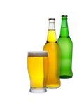 Isolerade exponeringsglas och flaskor av äppeljuice Arkivfoto