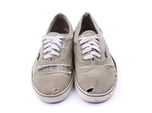 isolerade gammala skor Arkivbild