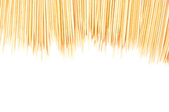 isolerade många spridda tandpetarear Arkivfoton