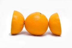 isolerade nya frukter för bakgrundssamling orange white arkivbilder