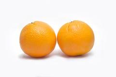 isolerade nya frukter för bakgrundssamling orange white arkivfoton