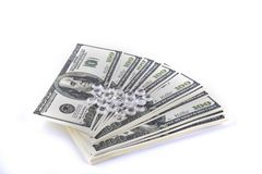 Isolerade pengar och briljantar Fotografering för Bildbyråer