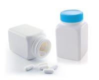 isolerade pills för flaska 3d framför bilden white Royaltyfri Fotografi