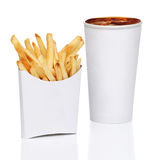 Isolerade pommes frites och sodavatten arkivbild