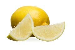 Isolerade skivor av citronen Royaltyfria Foton