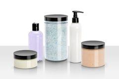 Isolerade skönhet- och wellnessprodukter Arkivbilder