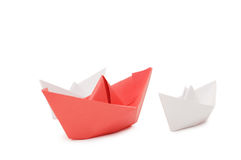 isolerat över vita paper ships Royaltyfri Bild