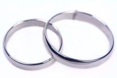 isolerat gifta sig för cirklar arkivbilder