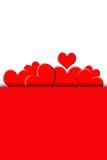 Isolerat rött hälsningkort med hjärtor Fotografering för Bildbyråer