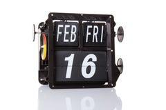 Isolerat retro datum för mekanisk kalender Arkivbilder