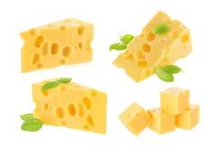Isolerat stycke av ost royaltyfri foto