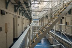 Isoleringscellkvarter i fängelset för HMP Shrewsbury, Danaen Arkivfoto
