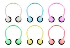 Isolierung mit Beschneidungspfad von Pastell farbigen Kopfhörern auf Whi Stockfoto