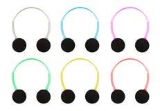 Isolierung mit Beschneidungspfad von Pastell farbigen Kopfhörern mit M Stockfoto