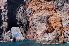 Isolotti e faraglioni delle isole eolie Fotografie Stock Libere da Diritti