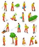 Isometric κηπουροί Οι αγρότες εργάζονται στον κήπο Άνθρωποι στην αγροτική σκηνή καλλιέργειας με τα δέντρα και τις εγκαταστάσεις τ ελεύθερη απεικόνιση δικαιώματος