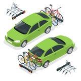 Isometric ποδήλατα που φορτώνονται στο πίσω μέρος ενός φορτηγού Αυτοκίνητο και ποδήλατα Επίπεδη διανυσματική απεικόνιση ύφους που Στοκ εικόνες με δικαίωμα ελεύθερης χρήσης