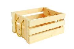 Isometrische Ansicht-hölzerne Kiste lokalisiert auf weißem Hintergrund Lizenzfreie Stockbilder