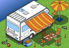 Isometrische kampeerauto in het kamperen in achtermening vector illustratie