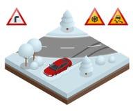 Isometrisches Antriebauto auf einem Konzept der schneebedeckten Straße Starke Schneefälle auf der Straße, die auf ihn fährt, werd Lizenzfreie Stockfotos