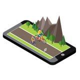 Isometrisk bygd Sommarväg Mobil geospårning översikt Kvinna och man som cyklar på den soliga vägen för bygdsommar eller Royaltyfria Foton