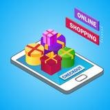 Isometrisk smartphone med färgrika gåvaaskar Sale rabatttema On-line shoppingbegrepp också vektor för coreldrawillustration Arkivbild