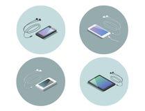 Isometrisk uppsättning för vektor av elektroniska apparater, smartphone med hörlurar Arkivbilder