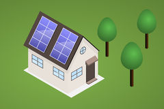 Isometriskt hus på gräsmatta med träd Huset har solpaneler på th Arkivfoto