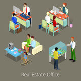 Isometriskt Real Estate kontor Plan inre 3d med chefer och klienter Royaltyfri Illustrationer