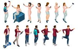 Isometry is een reeks vectormensen, 3D karakters van een man en een vrouw, tieners die in de zomerkleren, selfies maken vector illustratie