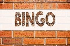 Ispirazione concettuale di titolo del testo di annuncio che mostra bingo Concetto di affari per l'iscrizione del gioco con letter immagine stock