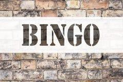 Ispirazione concettuale di titolo del testo di annuncio che mostra bingo Concetto di affari per l'iscrizione del gioco con letter Fotografia Stock