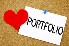 Ispirazione concettuale di titolo del testo di scrittura della mano che mostra concetto della cartella per progettazione di vendi Fotografia Stock
