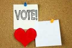 Ispirazione concettuale di titolo del testo di scrittura della mano che mostra concetto di voto per il voto voto elettorale e del Fotografia Stock Libera da Diritti