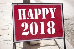 Ispirazione concettuale di titolo del testo di scrittura della mano che mostra 2018 felice Concetto di affari per la celebrazione Fotografia Stock Libera da Diritti