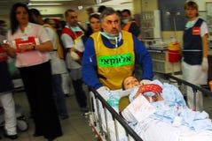 Israëlische Medische teams die een scenario van het massaslachtoffer uitoefenen Royalty-vrije Stock Foto's