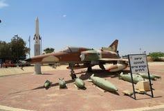 Israel Aircraft Industries Kfir com seu loadout típico da arma Foto de Stock