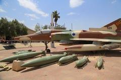 Israel Aircraft Industries Kfir com seu loadout típico da arma Fotos de Stock