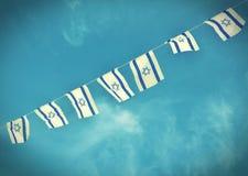 Israel Flag-ketting op Onafhankelijkheidsdag - uitstekend effect royalty-vrije stock afbeeldingen