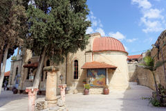 israel nazareth - Februari 17 2017 Grekisk ortodox kyrka av det första miraklet Royaltyfria Foton