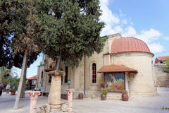 israel nazareth - Februari 17 2017 Grekisk ortodox kyrka av det första miraklet Royaltyfria Bilder