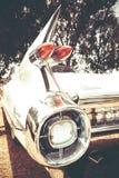 ISRAEL PETAH TIQWA - MAJ 14, 2016: Svansfena av en klassiska Cadillac 1959 Kupé de Ville Utställning av tekniska antikviteter Royaltyfri Bild