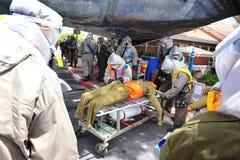 Israel Prepares para Rocket Attacks biológico y químico Imagen de archivo