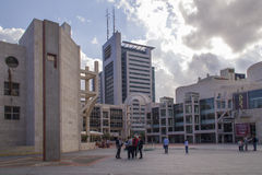 Israeli Opera,and the Cameri Theater - Tel Aviv Performing Arts Center. TEL AVIV,ISRAEL - November 24: Unidentified people on the square before the new spectacle Royalty Free Stock Photography