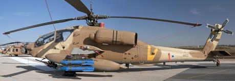Israelischer Longbow Apache-Zerhacker in einer Flugschau Stockfotos